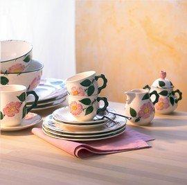 Villeroy & Boch Wildrose Kaffeebecher mit Henkel/Rosen Geschirr im Landhausstil aus Porzellan in Weiß/1 x Kaffeetasse 300ml